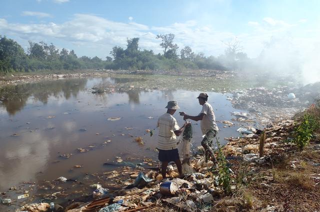 Pêcheurs à Champassak Laos