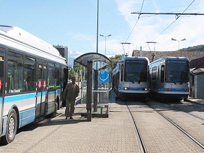 Station intermodale - tram et bus